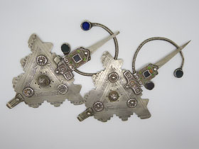 Ancient pair of fibulae